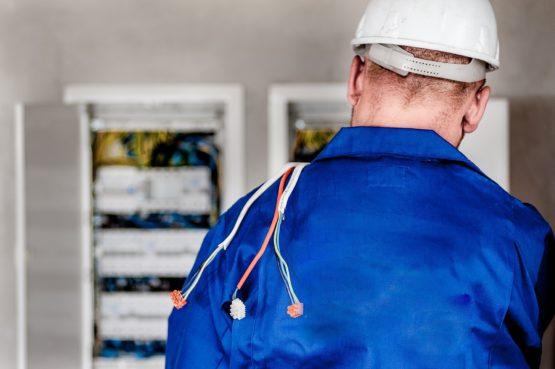 Electrician Clarksville technician wiring